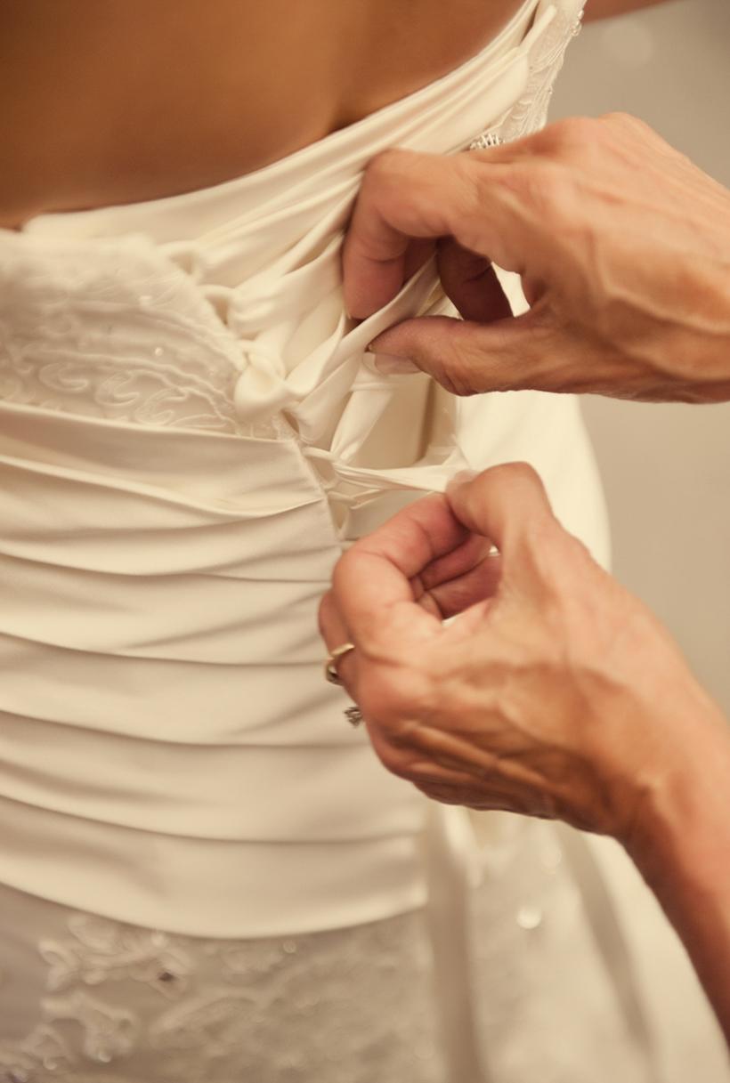 0077_aaron_borchers_studio_wedding.jpg