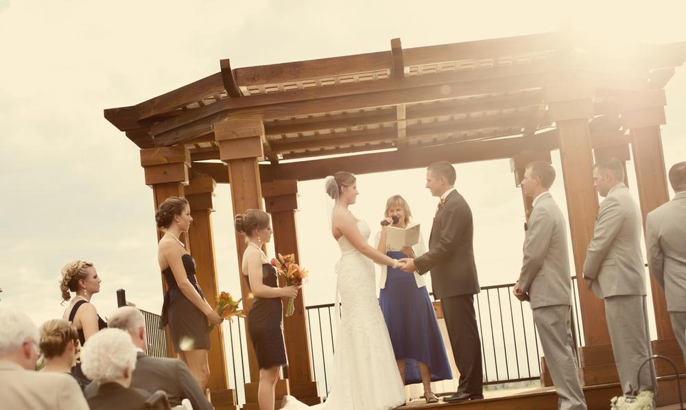 0081_aaron_borchers_studio_wedding.jpg
