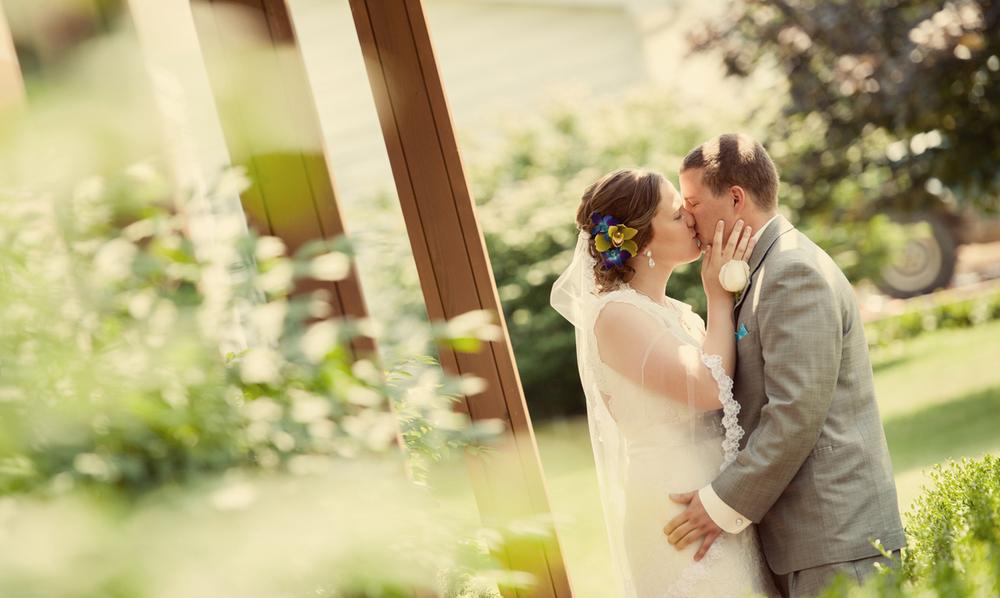 0108_aaron_borchers_studio_wedding.jpg