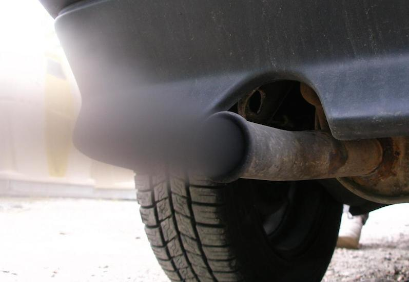 car-exhaust-pipe.jpg