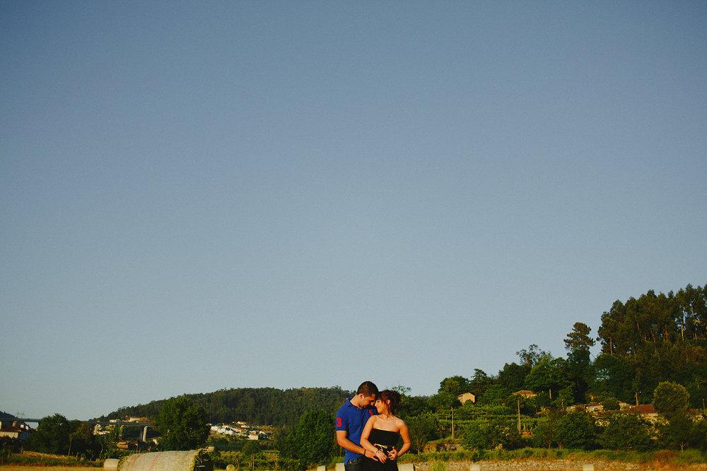 004_artemagna-portugal-engagement-photography.jpg