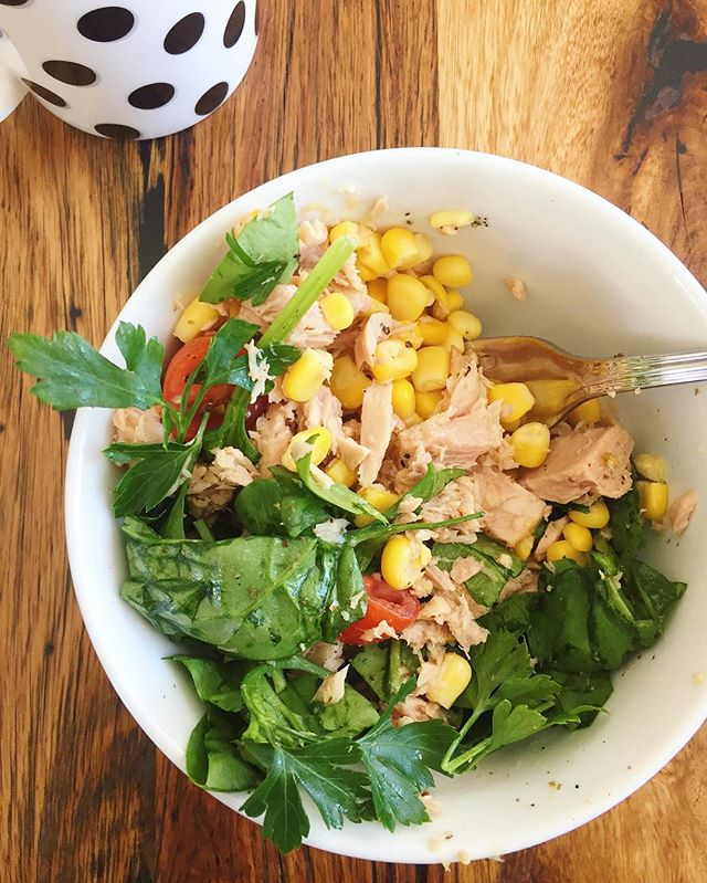 when yr 12 is driving u crazy but its ok cos lunch is hawtt 😏#f52grams #foodblogfeed #feedfeed #lunchinspo #dairyfree