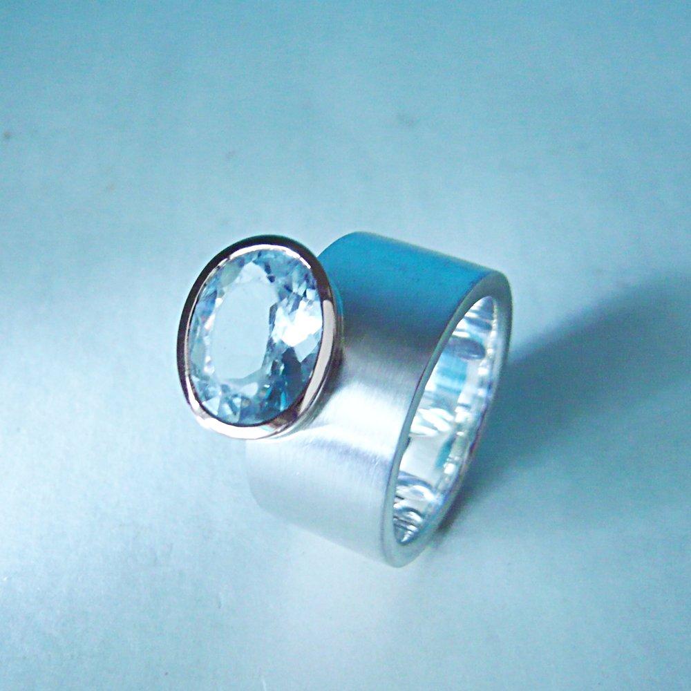 Ring - KundenanfertigungRotgold 750 / Silber 925 / Aquamarin