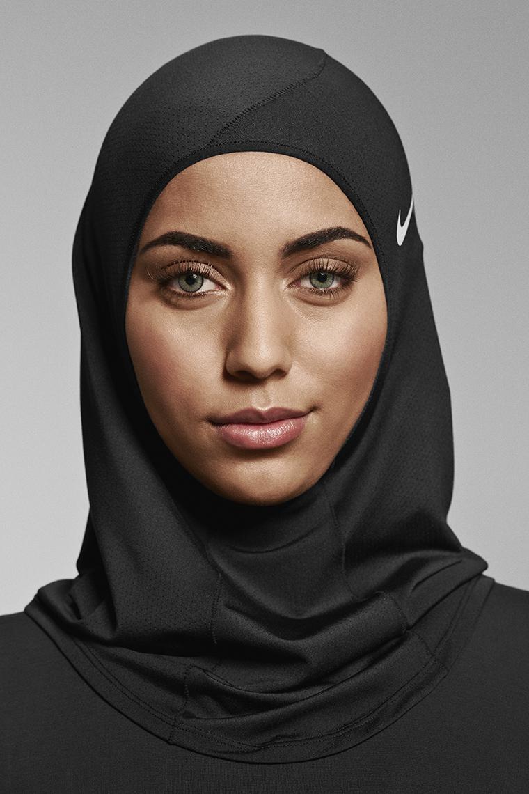 NikeHijab3.jpg