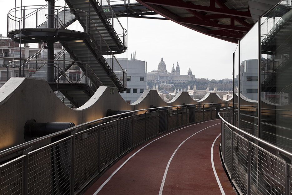 Roof top running track