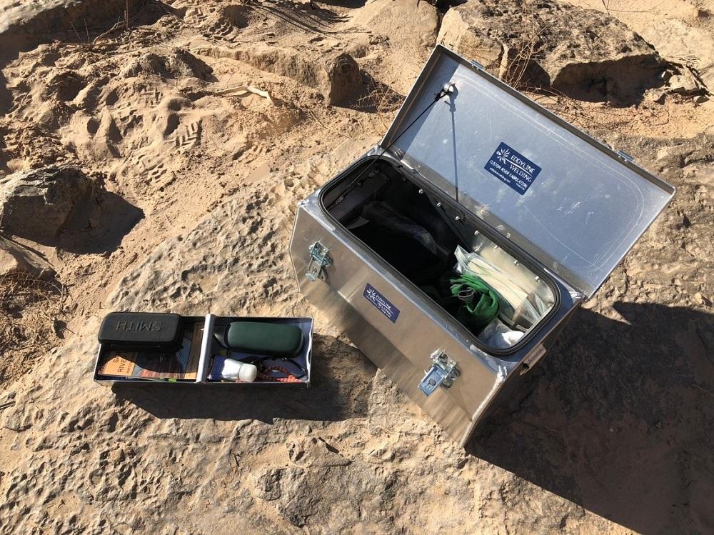 dry box tray