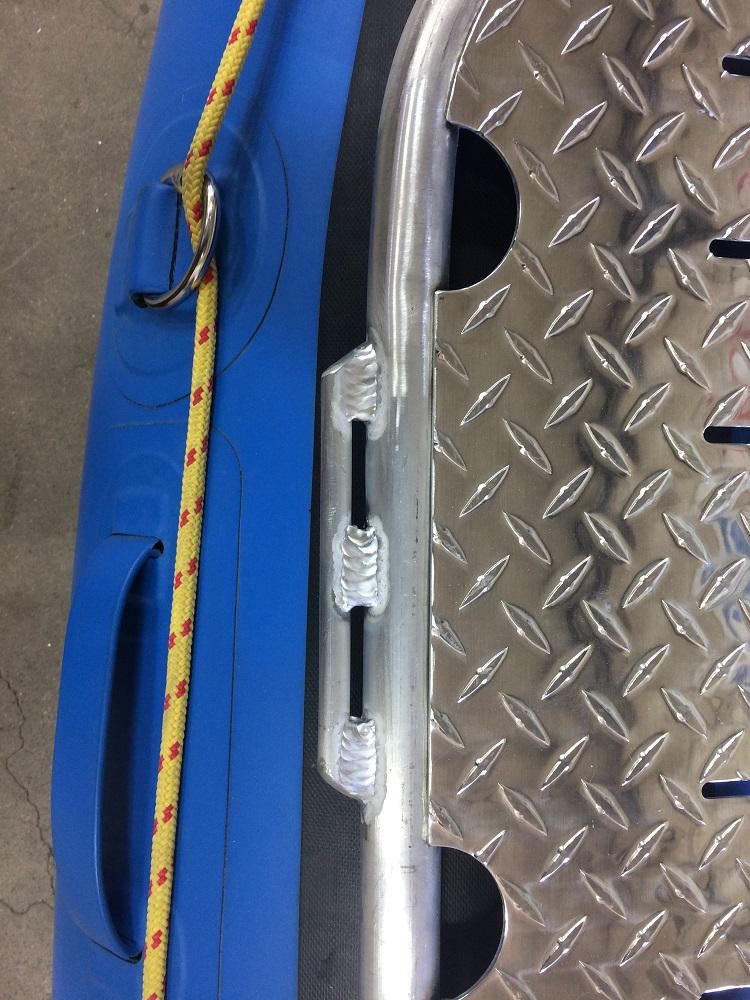Spare oar rigging rail
