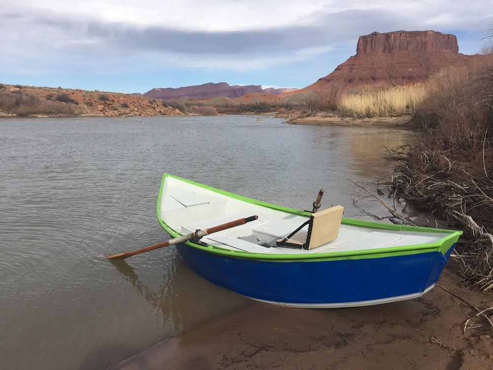 13' decked drift boat