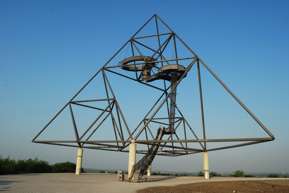 Tetraeder in Bottrop von Ting Chen (Flickr/CC)