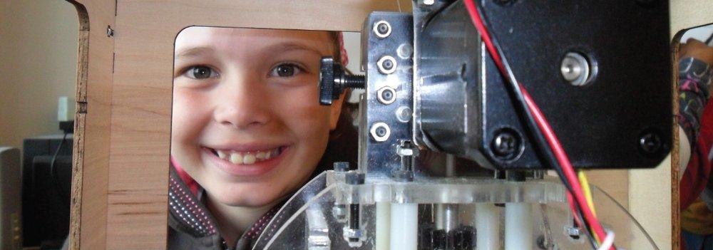 Building Curiosity, Inspiring Creation  Maker Camps
