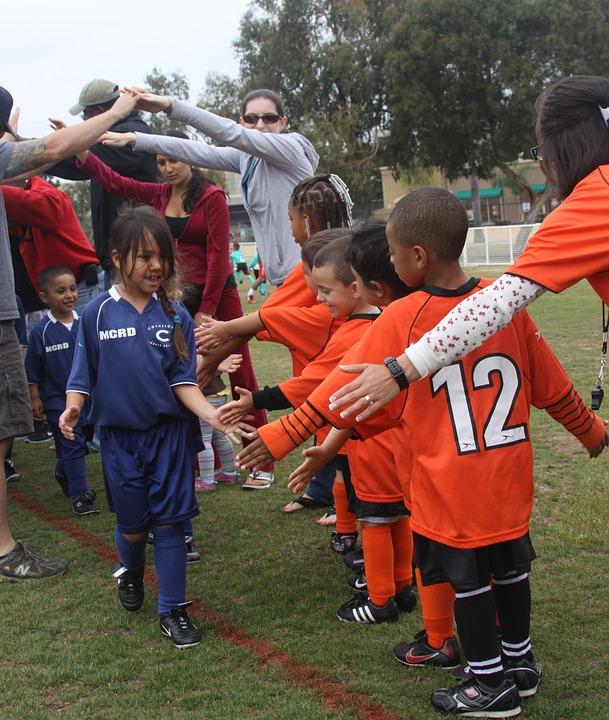 soccer-team-kids-win