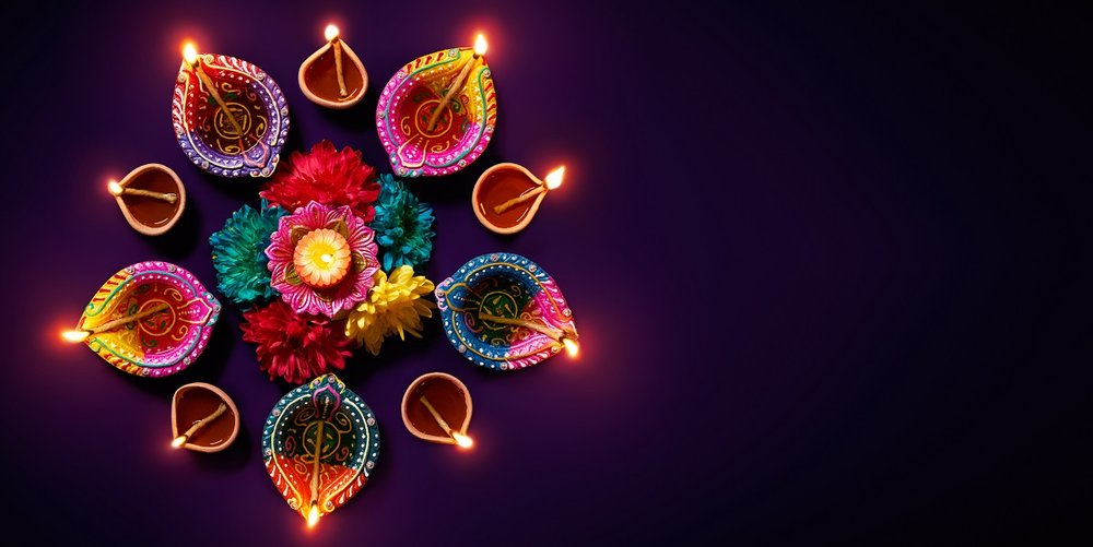 (https://travelhealthpro.org.uk/news/355/travelling-for-diwali)