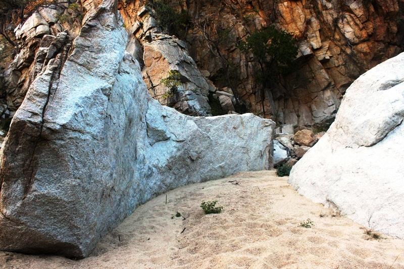 Formación rocosa interesante en canyon de Canoas, Rancho Cacachilas, BCS