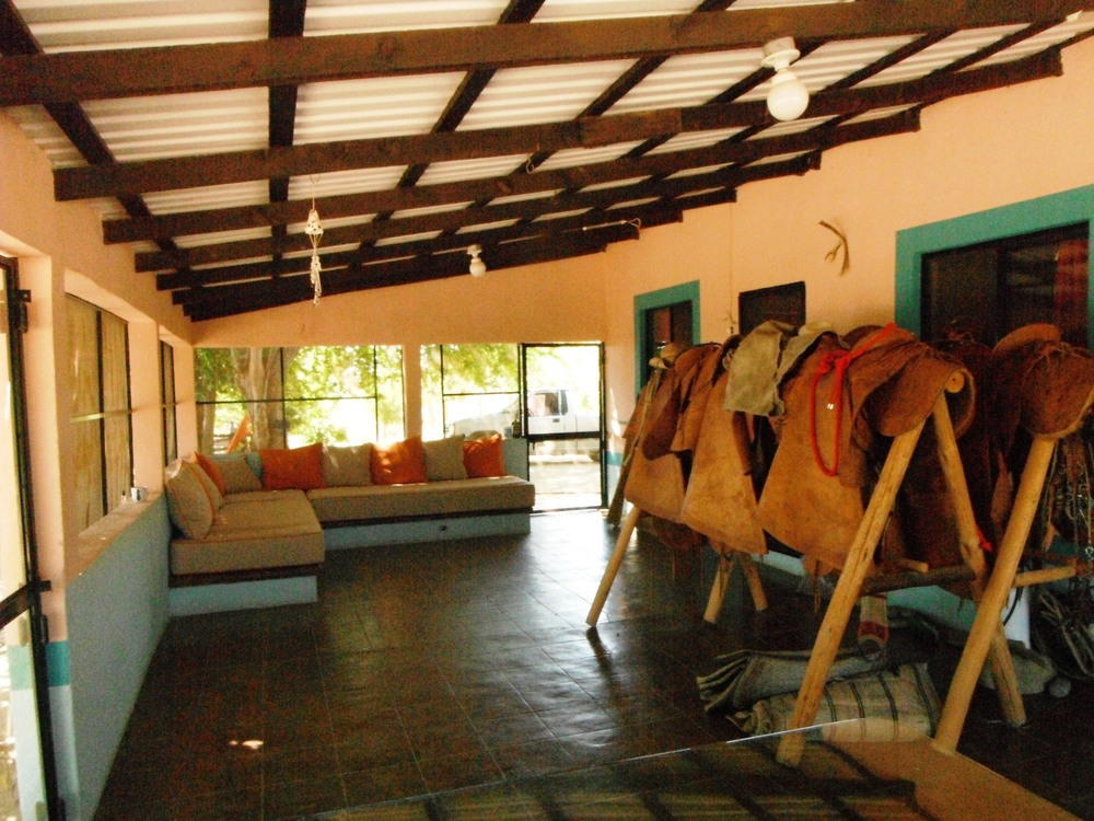 rancho-dos-hermanos-patio-casa-restaurado-baja-sur-mexico.JPG
