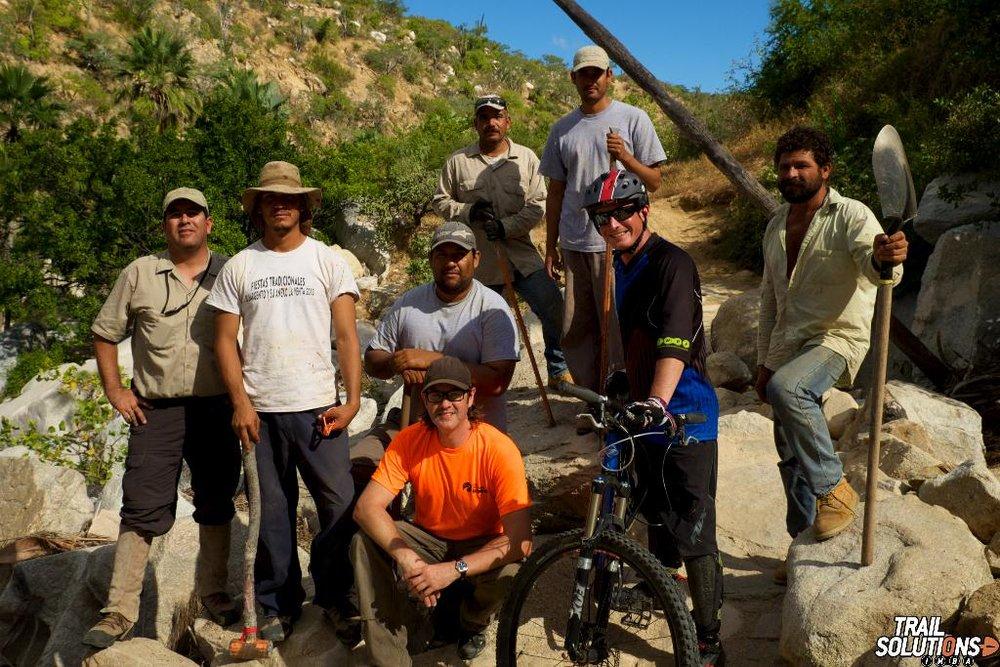 DISEÑO DE RUTA SOSTENIBLE – La Asociación Internacional Mountain Bike (IMBA) comenzó a entrenar nuestro equipo local a finales del 2014
