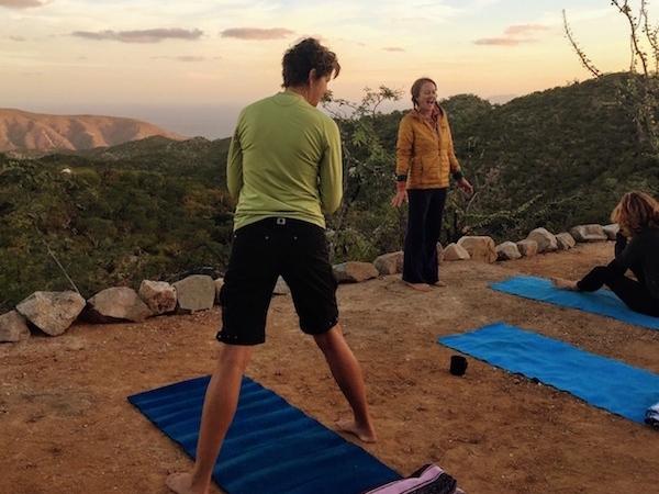 los-pisos-sunrise-yoga.jpg