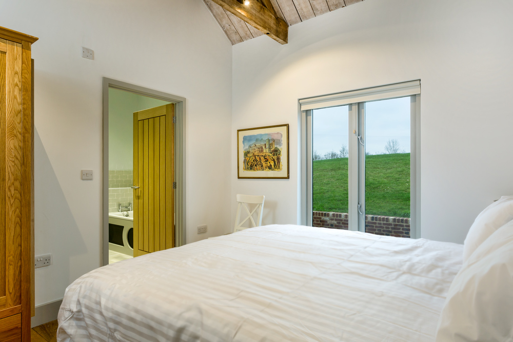 The Granary - Lordship's Barns - Bedroom 1