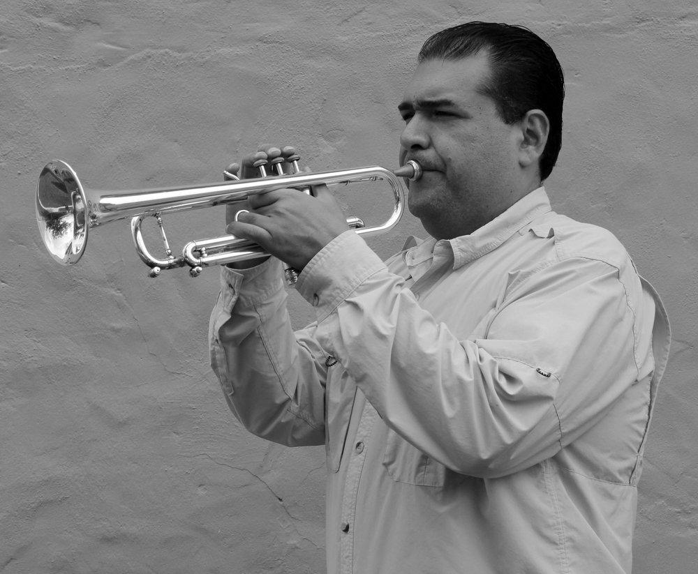 Edwin Gonzalez2 BN.jpg