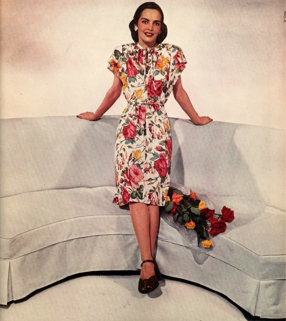 Vogue_1944_March_roses_219154208_large.jpg