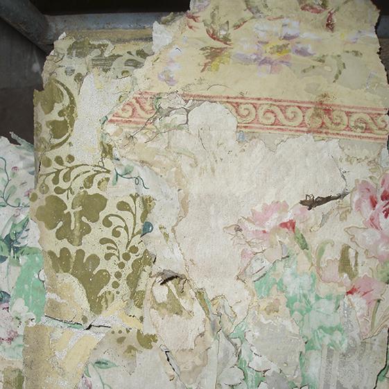 Paper fragments from Gunsgreen House Eyemouth72 .jpg