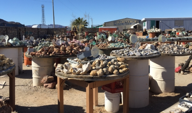 Minerals and geodes for sale at one of the many Gems and Stones shops