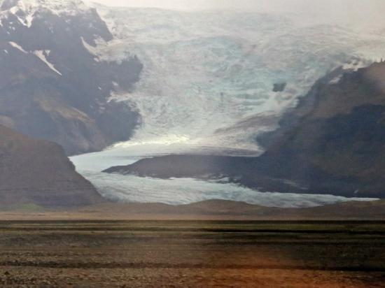 Here's Iceland's largest glacier, Vatnajökull.