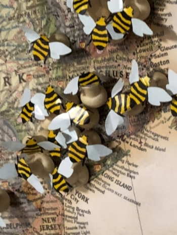 Donna, our Queen Bee hostess with the mostest, made this sweet map of the USA with Bee pushpins for us to each place on our hometowns.