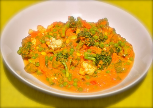 Very Good For You Korma:   Decadent comfort food! Large pieces of broccoli, cauliflower, rainbow carrots and edamame meld beautifully with chunks of tomato, split yellow lentils and coconut milk seasoned with own curry blend.