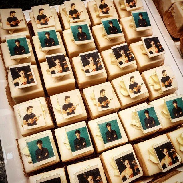 Post-concert cakes for all. #eatme 😋 . @ellavanpoucke @niek_violin ❤️ #triopower ❤️ @de_doelen_rotterdam