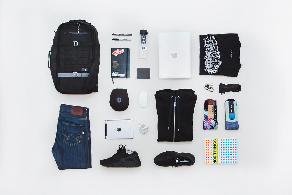 Heimplanet-Monolith-Daypack-Essentials-01.jpg