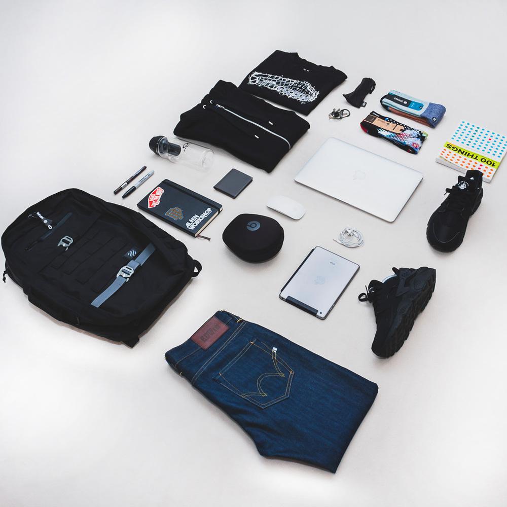 Heimplanet-Monolith-Daypack-Essentials-02.jpg