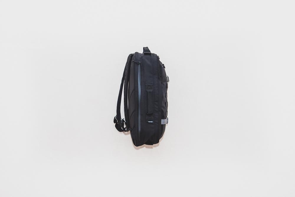 Heimplanet-Monolith-Daypack-Essentials-07.jpg