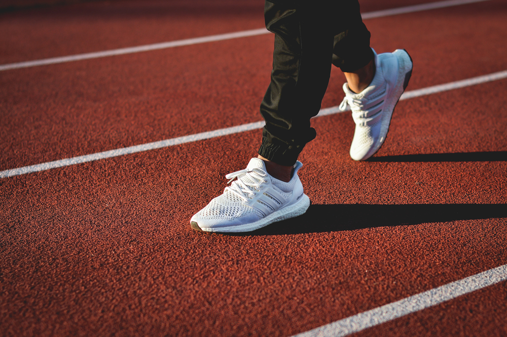Adidas-Originals-Ultra-Boost-White-03.jpg