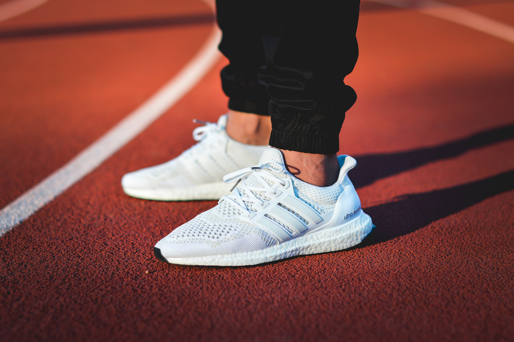 Adidas-Originals-Ultra-Boost-White-05.jpg