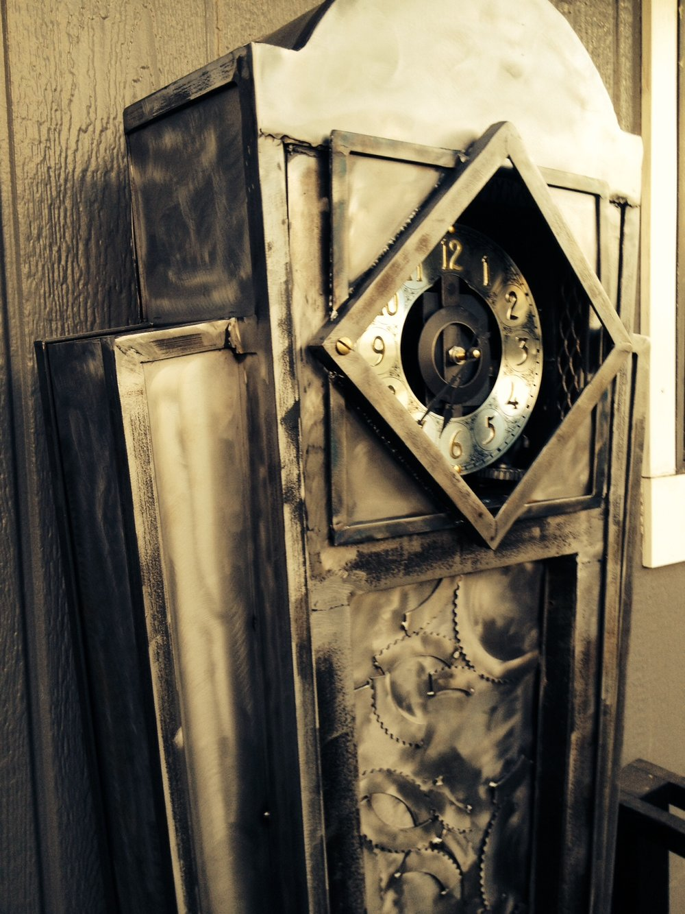 Art deco grandfather clock for Springfield OR
