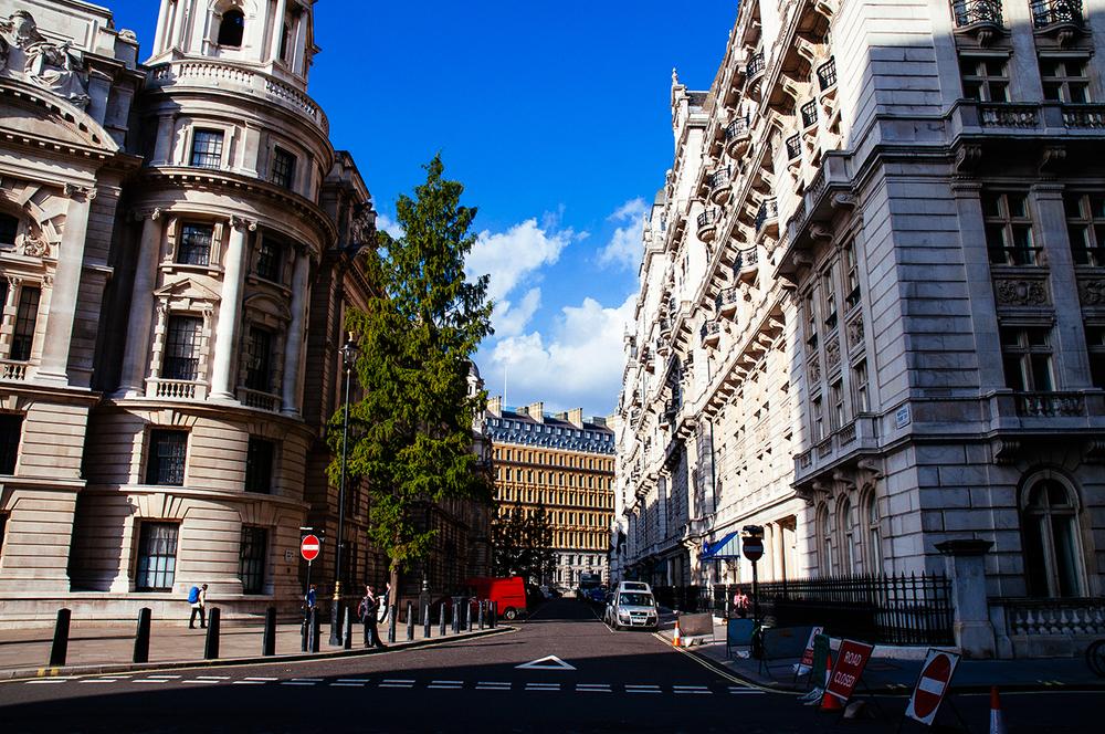 092914_LondonStreetview.jpg