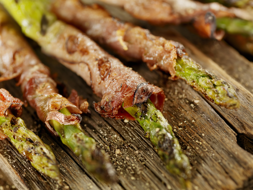 SugarDetoxMe-Prosciutto-Asparagus.jpg