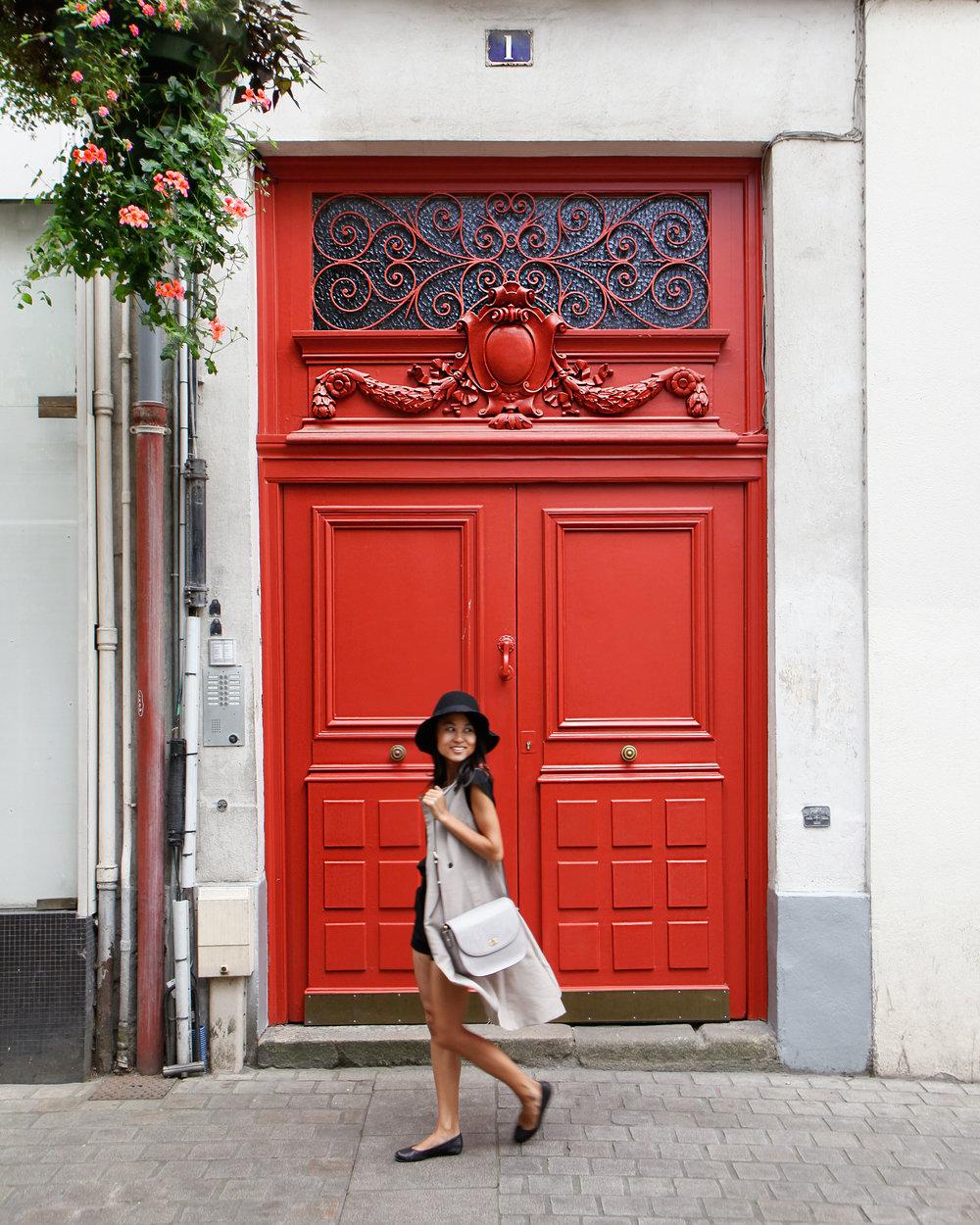 Nantes_RedDoor.jpg