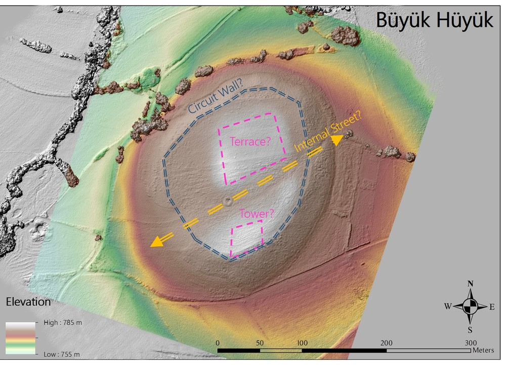 MAP 4: Digital elevation model of Şabanözü/Büyük Hüyük with hypothetical internal features marked. (Credit: Lucas Stephens).