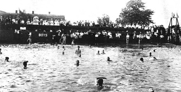 Bathing at Bridesburg in a 1913 Delaware