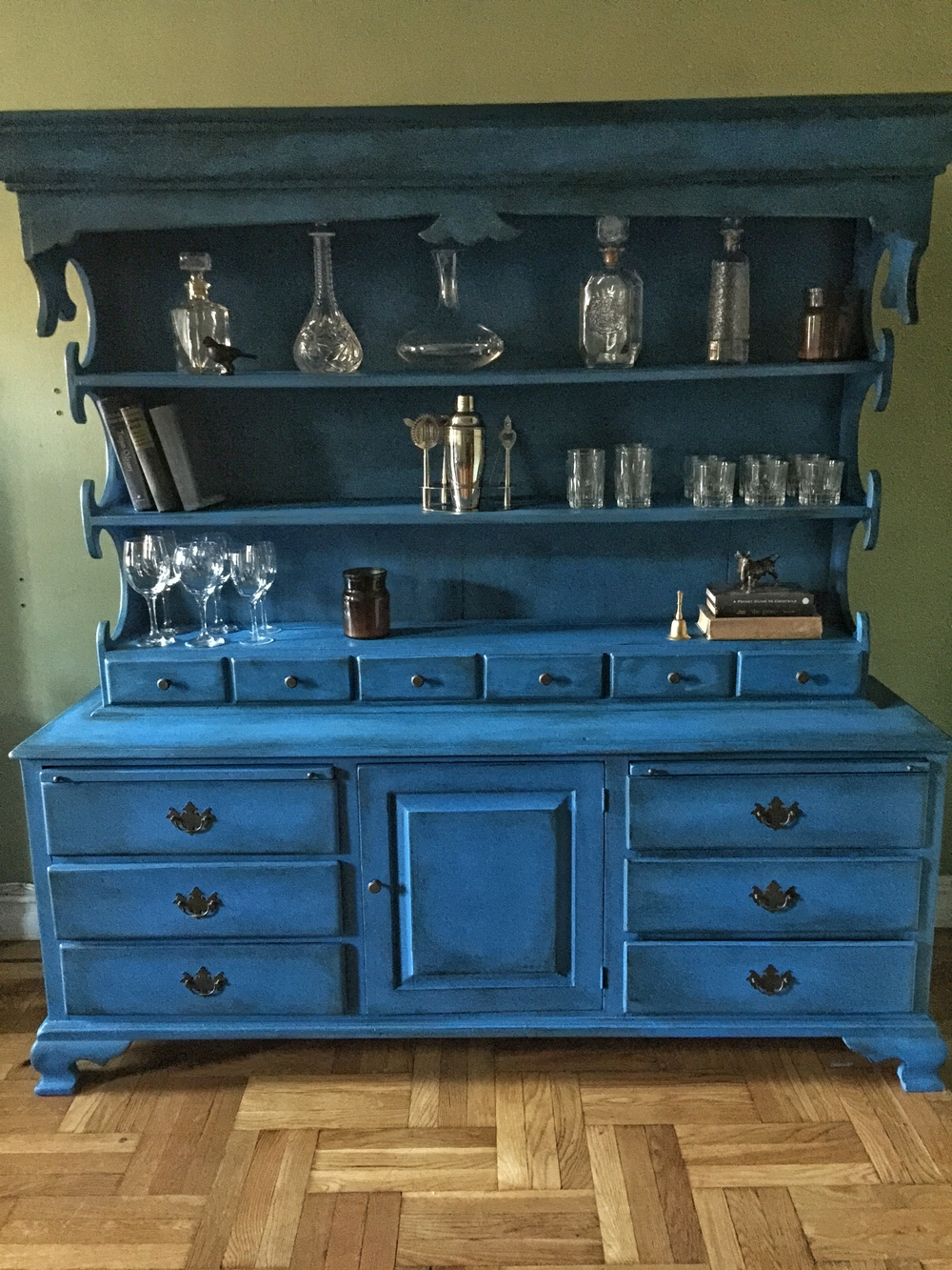 Blue hutch 2.jpeg