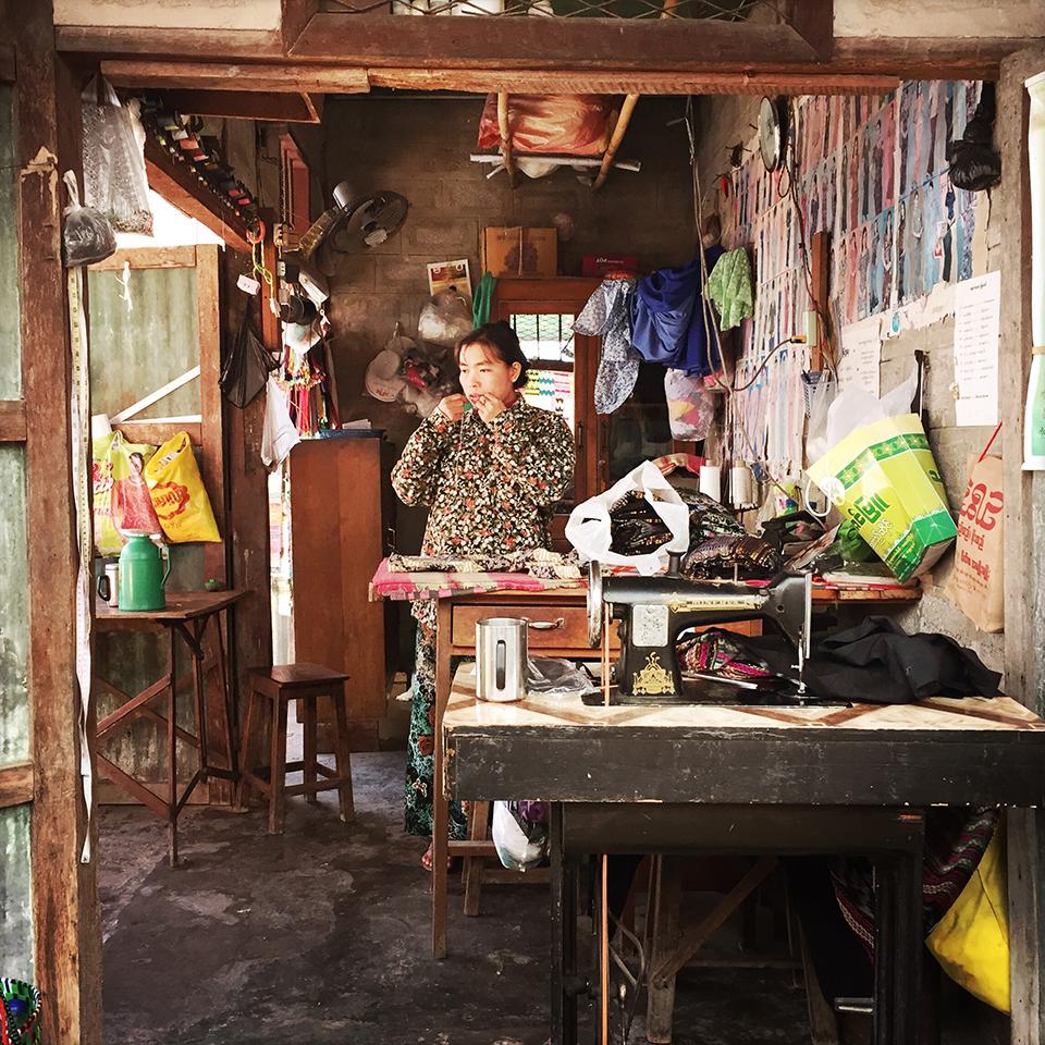 Nyaung Shwe, Myanmar – Tailor.