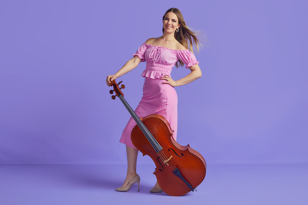 Leah Metzler, Cello