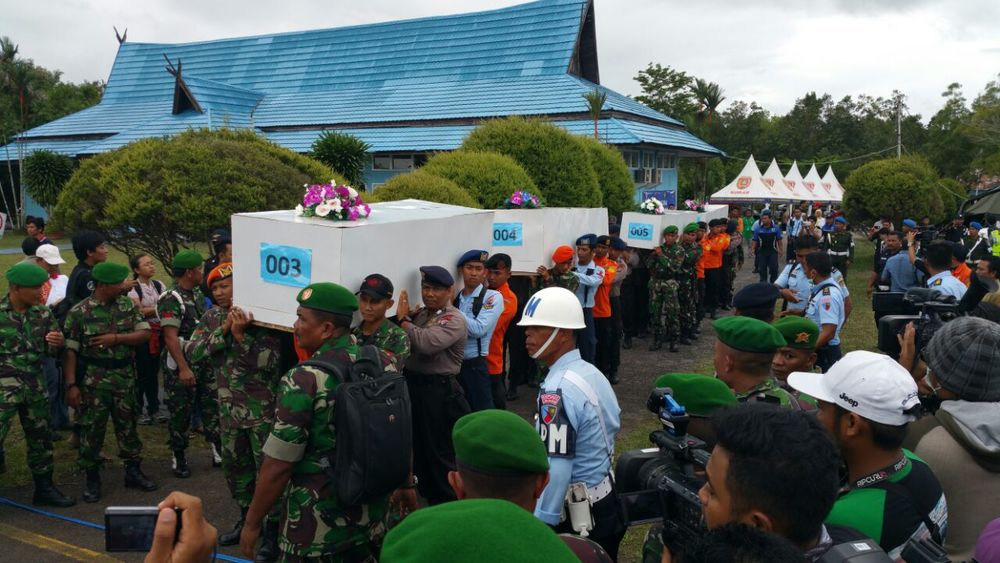 Four bodies – three women and a man – are being sent to Surabaya from Imannudin Hospital in Pangkalan Bun. All four were fully clothed when found, and one of the females was wearing a flight attendant uniform, according to Indonesian officials