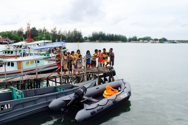 Two of the four boats that took part in search efforts around Pulau Nangka and Pulau Pesumut today have returned after six hours, with nothing found so far, our digital producer Xabryna Kek reports