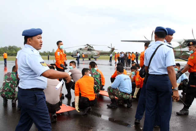 Airplane seats recovered from the search were found in pieces, possibly indicating that the AirAsia plane had crashed from a high altitude, he added