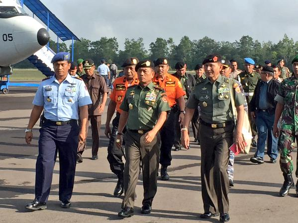 Indonesian armed forces chief General Moeldoko arrives in Pangkalan Bun to supervise search operations