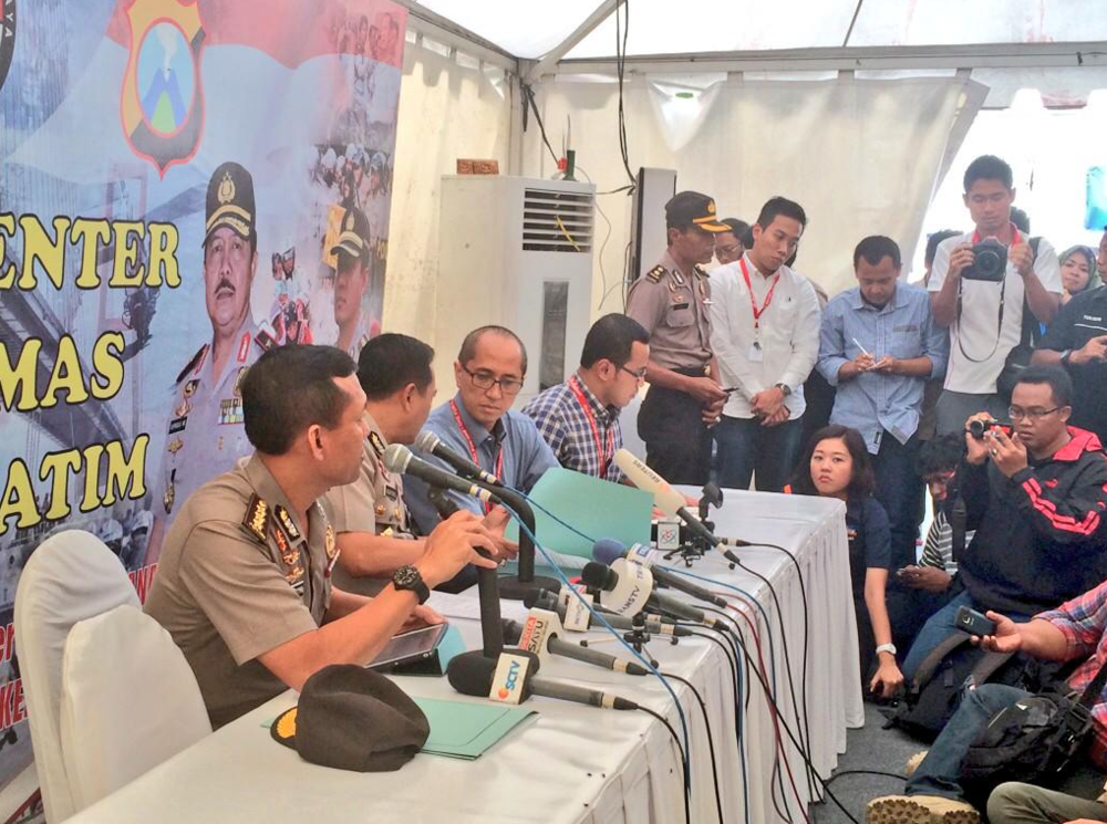 At a press conference in Surabaya, police say 25 bodies have been identified and returned to families so far. Authorities have collected DNA samples from 160 out of 162 people on board.   Two passengers - Martinus Djomi and Marwin Sholeh - have been identified