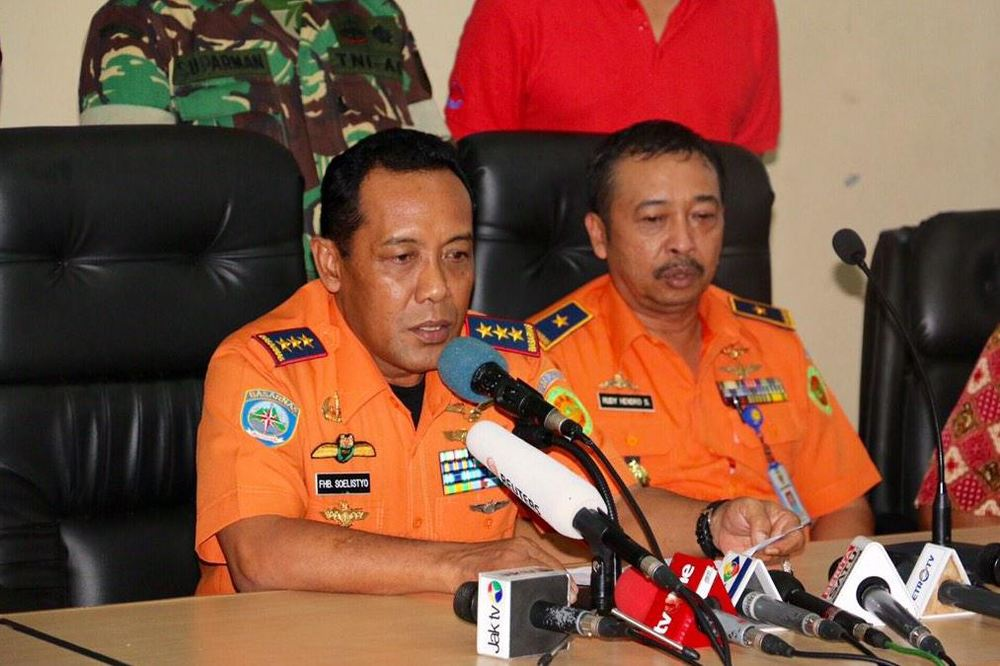 "The body of a victim has been found near a small island - Pulau Sembilan. A total of 51 bodies have been found so far.BASARNAS chief Bambang Soelistyo tells media divers reached the plane's wreckage but were unable to access the fuselage due to strong underwater currents. ""Please be patient,"" he says. BASARNAS will seek extra help to attempt to lift the fuselage, he says. Help from TNI and the Air Force has been requested"