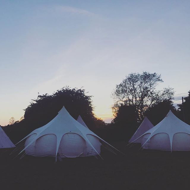 Thanks to the bride and groom we have some evening pics from last weekends super duper festival wedding.  The sky was so dreamy! . . . . . #collectmemoriesnotthings #teepeeden #lovelotusbelle #loveteepee #lotusbelle #boutiquecamping #glamping #camping #bristol #oxford #tentrental #glampinghire #bristolcamping #oxfordcamping #festivalglamping #festivaltenthire #weddingglamping